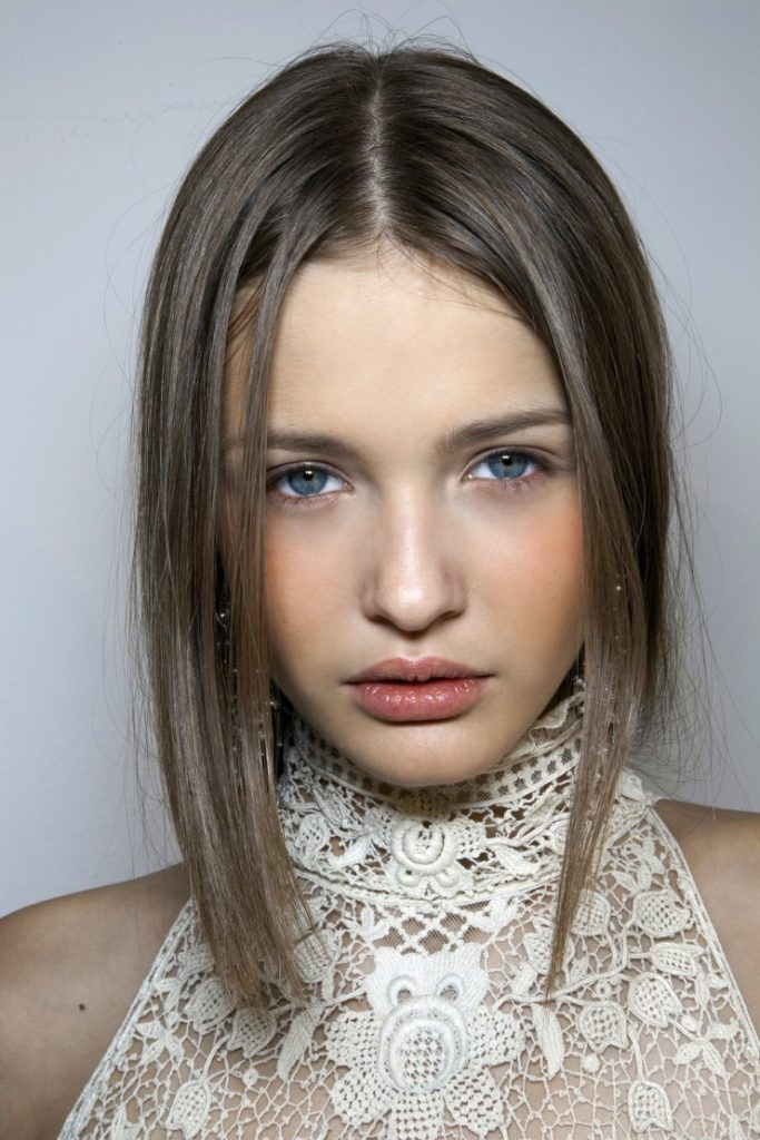 Kristina Romanova(クリスティーナ ロマノヴァ)ショートヘア